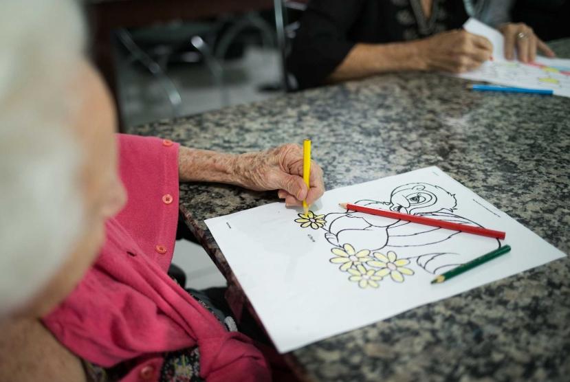 terapia-ocupacional-idosos-casa-de-repouso-fel